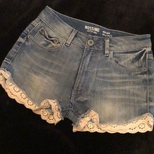 MOSSIMO Crochet Trim Jean Shorts